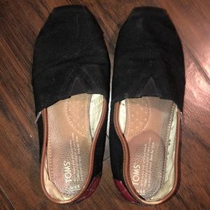 Well Worn Toms